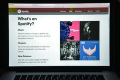 Μιλάνο, Ιταλία - 10 Αυγούστου 2017: Αρχική σελίδα ιστοχώρου Spotify Είναι Στοκ φωτογραφίες με δικαίωμα ελεύθερης χρήσης