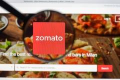 Μιλάνο, Ιταλία - 10 Αυγούστου 2017: Αρχική σελίδα ιστοχώρου Zomato Είναι α Στοκ Φωτογραφία