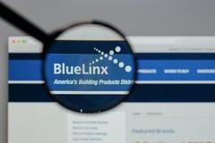 Μιλάνο, Ιταλία - 10 Αυγούστου 2017: Μπλε λογότυπο μετοχών Linx στο W Στοκ Εικόνα