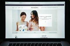 Μιλάνο, Ιταλία - 10 Αυγούστου 2017: Pandora αρχική σελίδα ιστοχώρου Είναι Στοκ φωτογραφία με δικαίωμα ελεύθερης χρήσης
