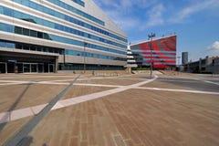 ΜΙΛΑΝΟ, ΙΤΑΛΙΑ - 19 ΑΥΓΟΎΣΤΟΥ 2017: Μιλάνο Λομβαρδία, Ιταλία: σύγχρονα τετράγωνο και κτίρια γραφείων στη νέα περιοχή Portello Στοκ φωτογραφία με δικαίωμα ελεύθερης χρήσης
