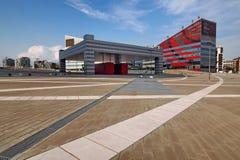ΜΙΛΑΝΟ, ΙΤΑΛΙΑ - 19 ΑΥΓΟΎΣΤΟΥ 2017: Μιλάνο Λομβαρδία, Ιταλία: σύγχρονα τετράγωνο και κτίρια γραφείων στη νέα περιοχή Portello Στοκ Φωτογραφίες