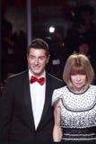 ΜΙΛΑΝΟ, ΙΤΑΛΙΑ - 2 ΜΑΡΤΊΟΥ: Ο Domenico Dolce και η Anna Witour παρευρίσκονται στην ακραία ομορφιά στο Κόμμα μόδας Στοκ Φωτογραφία