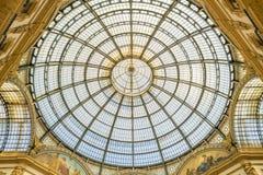 ΜΙΛΑΝΟ, ΙΤΑΛΙΑ - 13-05-2017: Galleria Vittorio Emanuele ΙΙ σε Mila Στοκ Φωτογραφίες