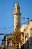 Μιναρές και ακατάστατα καλώδια τηλεπικοινωνιών στο Μπακού, πρωτεύουσα του Αζερμπαϊτζάν Στοκ εικόνες με δικαίωμα ελεύθερης χρήσης