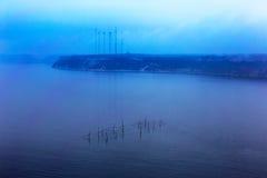 Μινιμαλισμός. Φανταστικό seascape δίκτυο των ψαράδων με το ho Στοκ Εικόνες