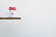 Μινιμαλιστικός άσπρος καφές κουπών Στοκ Εικόνες