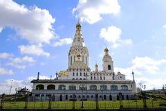 Μινσκ Λευκορωσία 18 04 άσπρη οικοδόμηση του 2018 της εκκλησίας όλων των Αγίων Στοκ Εικόνες