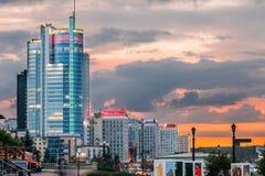 Μινσκ, Λευκορωσία Εμπορικό κέντρο βασιλικό Plaza - ουρανοξύστης στη λεωφόρο Pobediteley στην περιοχή κεντρικό Nemiga Στοκ φωτογραφίες με δικαίωμα ελεύθερης χρήσης