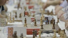 Μινσκ, Λευκορωσία - 25 Ιουνίου 2018 Η σκακιέρα λογαριάζει τον ανταγωνισμό σκακιού ρολογιών απόθεμα βίντεο
