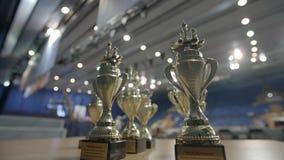Μινσκ, Λευκορωσία - 22 Ιουνίου 2018 Πρωτάθλημα σκακιού παγκόσμιων μαθητών στρατιωτικής σχολής φλυτζανιών βραβείων απόθεμα βίντεο