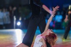 Μινσκ-Λευκορωσία, στις 18 Οκτωβρίου 2014: Μη αναγνωρισμένο ζεύγος Perfo χορού Στοκ Εικόνες