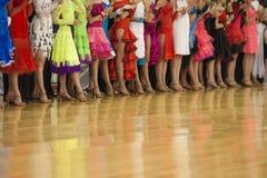 ΜΙΝΣΚ-ΛΕΥΚΟΡΩΣΙΑ, 24 ΝΟΕΜΒΡΙΟΥ: μια αφθονία των ποδιών της μη αναγνωρισμένης DA Στοκ Εικόνες