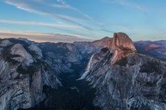 Μισός θόλος στο ηλιοβασίλεμα σε Yosemite Στοκ εικόνες με δικαίωμα ελεύθερης χρήσης