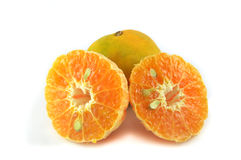 Μισό πορτοκάλι και πορτοκάλι Στοκ φωτογραφία με δικαίωμα ελεύθερης χρήσης