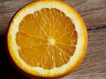 μισό πορτοκάλι Στοκ Εικόνες
