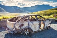 Μμένο αυτοκίνητο στο δρόμο Στοκ εικόνες με δικαίωμα ελεύθερης χρήσης
