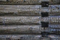 Μμένο ξύλινο σπίτι κούτσουρων Στοκ εικόνα με δικαίωμα ελεύθερης χρήσης