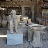 Μνήμες των ανθρώπων και των αντικειμένων στην Πομπηία Στοκ Φωτογραφίες