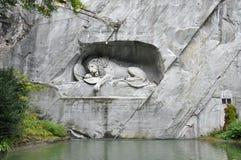 Μνημείο λιονταριών Λουκέρνης ` s Στοκ Φωτογραφίες