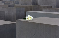 Μνημείο ολοκαυτώματος στοκ εικόνες