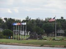 Μνημείο παλαιμάχων που τιμά τη στρατιωτική υπηρεσία στοκ φωτογραφία με δικαίωμα ελεύθερης χρήσης