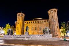 Μνημείο προς τιμή το Emanuele Filiberto στο Τορίνο στοκ φωτογραφίες με δικαίωμα ελεύθερης χρήσης