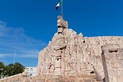 Μνημείο σημαιών στο Μέριντα Yucatan Στοκ Εικόνες