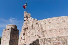 Μνημείο σημαιών στο Μέριντα Yucatan Στοκ φωτογραφία με δικαίωμα ελεύθερης χρήσης