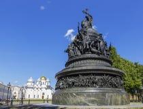 Μνημείο στα χίλια έτη χιλιετίας της Ρωσίας της Ρωσίας εκκλησία δημοπρασίας υπόθεσης novgorod veliky Στοκ εικόνα με δικαίωμα ελεύθερης χρήσης