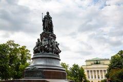 Μνημείο στη βασίλισσα Ekaterina και τις συμπάθειές της Στοκ Φωτογραφίες