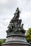 Μνημείο στη βασίλισσα Ekaterina και τις συμπάθειές της Στοκ φωτογραφία με δικαίωμα ελεύθερης χρήσης