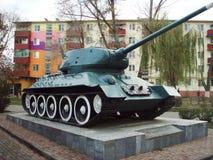 Μνημείο στη μεγάλη πατριωτική πολεμική δεξαμενή: Τ-34 _ Ρωσία στοκ φωτογραφία