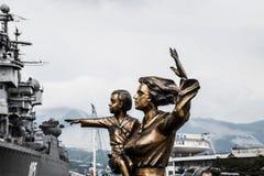 Μνημείο στη σύζυγο του ναυτικού Ναύαρχος Kutuzov θωρηκτών Η περιοχή του εμπορικού λιμένα θάλασσας του Νοβορωσίσκ Στοκ Φωτογραφίες