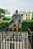 Μνημείο στον αυτοκράτορα Μέγας Πέτρος στο Peter και το φρούριο του Paul στην Άγιος-Πετρούπολη, Ρωσία Στοκ Φωτογραφίες