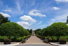 Μνημείο στον κήπο στοκ εικόνες