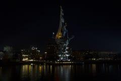 Μνημείο στο Μέγας Πέτρο στη Μόσχα, σκηνή νύχτας Στοκ Εικόνες