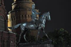 Μνημείο στο μεγάλο Marshal Zhukov στοκ εικόνες