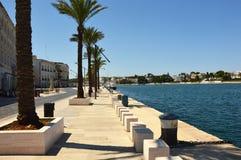 Μνημείο στο ναυτικό του Al Marinaio δ ` Ιταλία της Ιταλίας Monumento στην πόλη του Μπρίντιζι, Apulia, νότια Ιταλία Στοκ Εικόνες