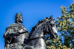 Μνημείο στο Peter η πρώτη σειρά με το Castle Αγίου Michael Στοκ Εικόνες