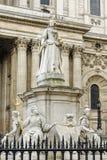 Μνημείο της βασίλισσας Anne στον καθεδρικό ναό του ST Pauls Στοκ εικόνα με δικαίωμα ελεύθερης χρήσης