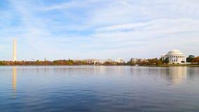 Μνημείο της Ουάσιγκτον και μνημείο του Thomas Jefferson το φθινόπωρο Στοκ Εικόνες