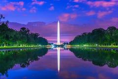 Μνημείο της Ουάσιγκτον στη λίμνη απεικόνισης στην Ουάσιγκτον, Δ Γ στοκ φωτογραφία με δικαίωμα ελεύθερης χρήσης