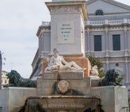 Μνημείο της Isabel Segunda Plaza de Oriente Square στη Μαδρίτη Στοκ Εικόνα