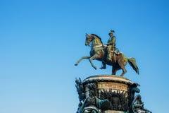 Μνημείο του αυτοκράτορα Nicholas ο πρώτος το χειμώνα Στοκ Φωτογραφίες