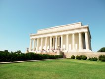 Μνημείο του Λίνκολν σε έναν σαφή ουρανό στοκ φωτογραφία
