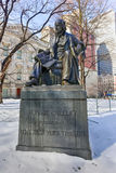 Μνημείο του Ορατίου Γκρήλεϋ, πόλη της Νέας Υόρκης Στοκ φωτογραφία με δικαίωμα ελεύθερης χρήσης