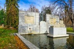 Μνημείο του Σαντιάγο Ramon Υ Cajal, Μαδρίτη στοκ φωτογραφίες με δικαίωμα ελεύθερης χρήσης