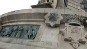 Μνημείο του Columbus με την Ισπανία, τα αγάλματα και λεπτομέρειες bas-ανακούφισης χαλκού στο βάθρο απόθεμα βίντεο