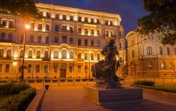Μνημείο του Peter πρώτα 1 τη νύχτα στην Άγιος-Πετρούπολη, Ρωσία Στοκ Εικόνες